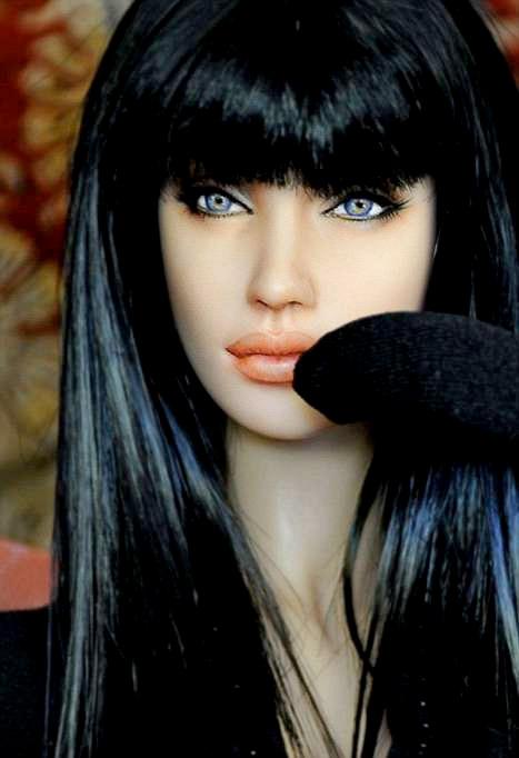 Barbie Angelina Jolie