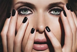 esmalte preto black nails